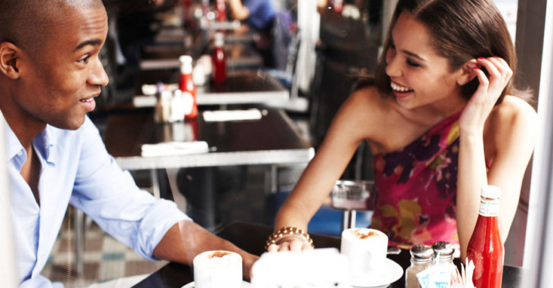 539fb8dc5f93f_-_cos-03-couple-sitting-at-table-at-restaurant-synd2