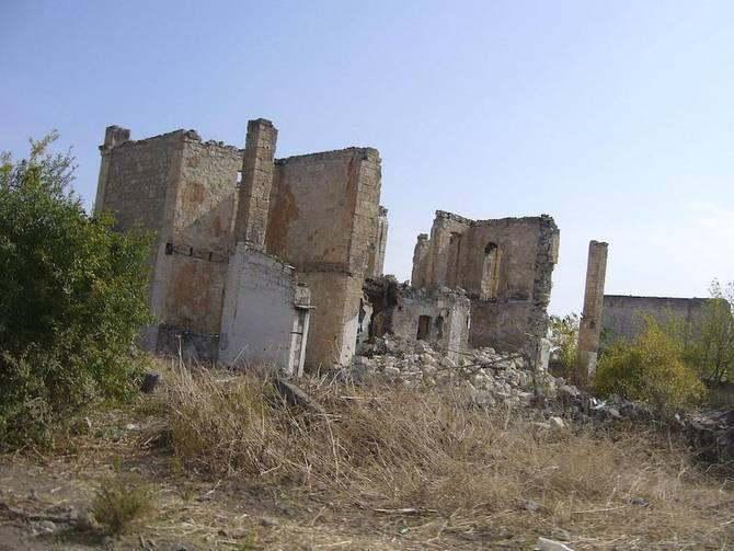 Agdam ruins