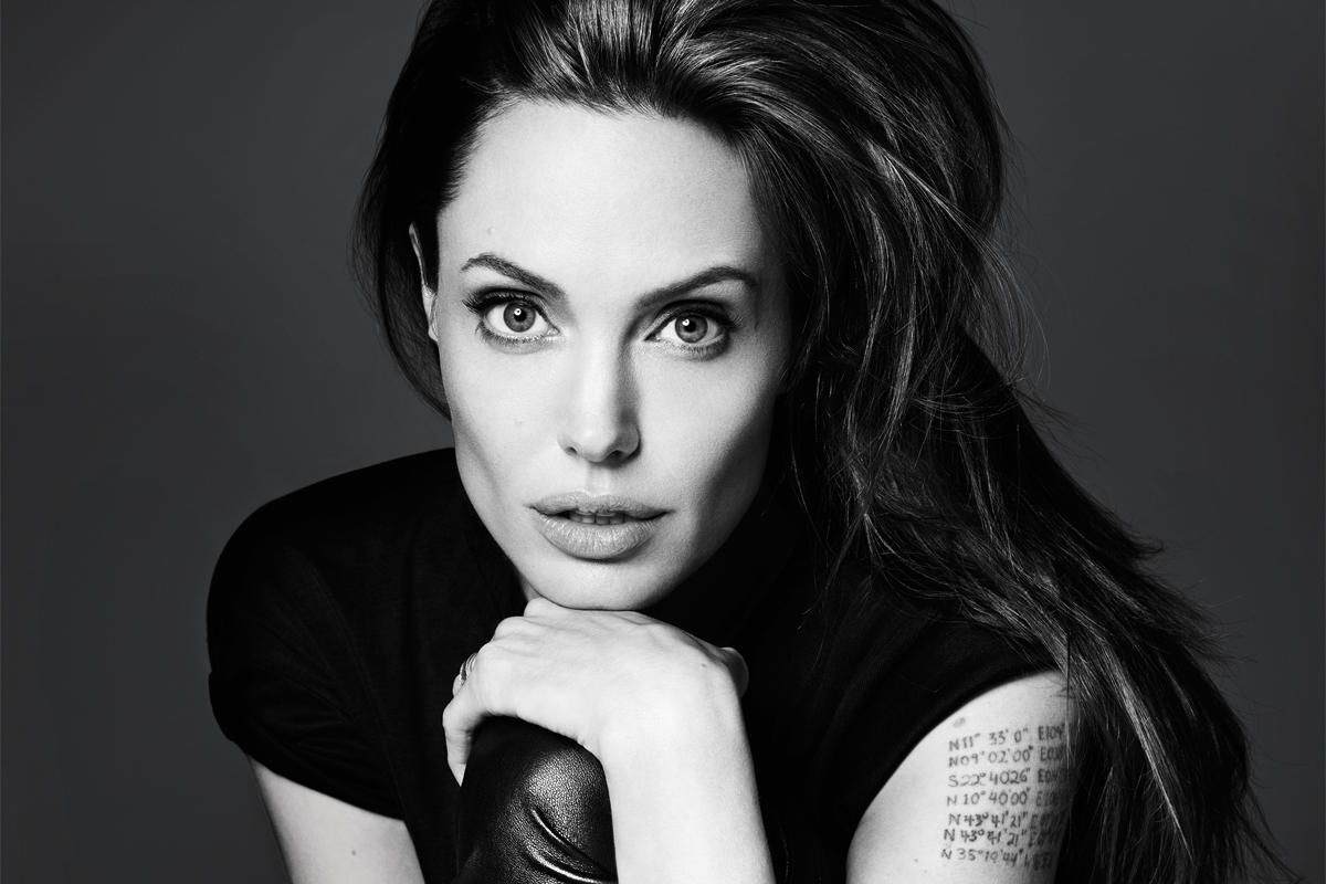 Angelina Jolie Net Worth