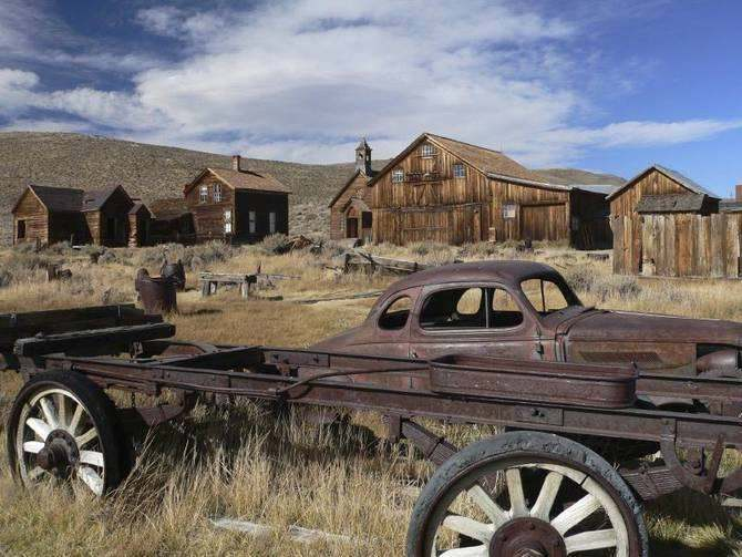 Bodie State Park rusted cars and cottage