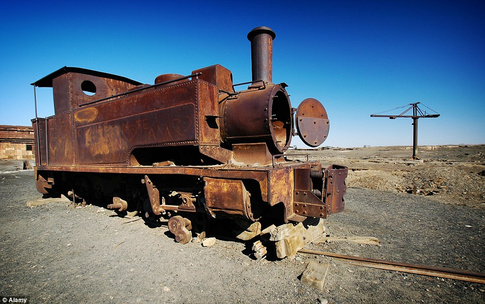 Humberstone rusted train