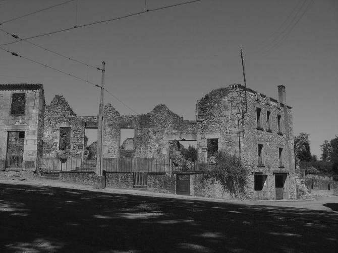 Oradour-sur-Glane broken buildings