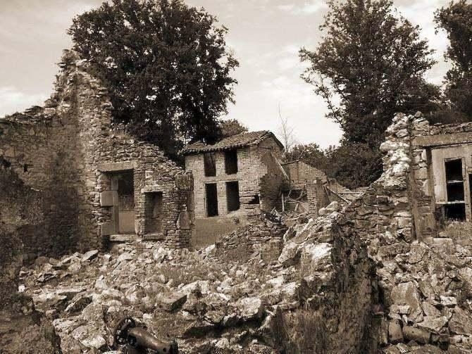Oradour-sur-Glane trees