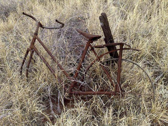 Wittenoom rusted bicycle