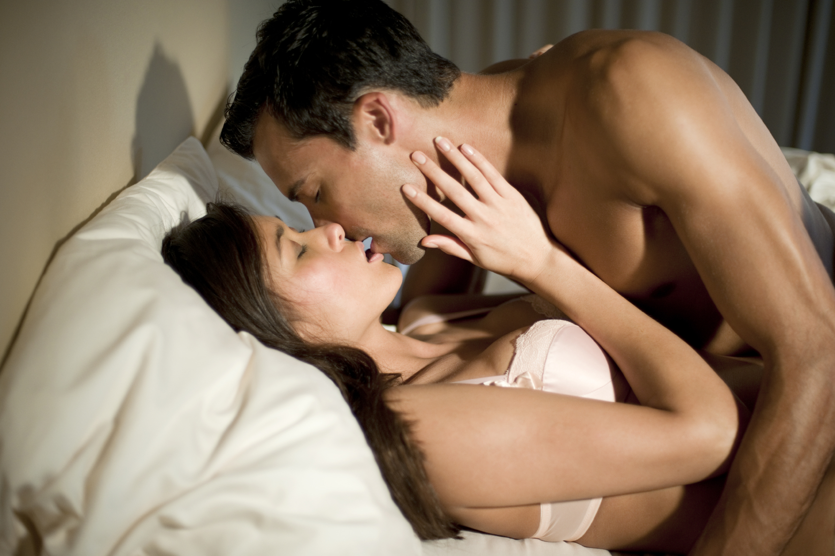 20 Different Types Of Kisses And What They Actually Mean