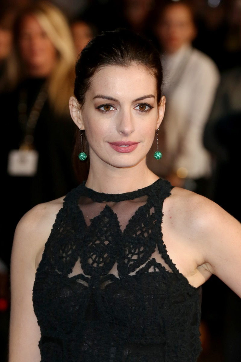 Anne Hathaway nude 913