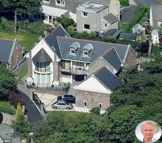 Michael Douglas Home
