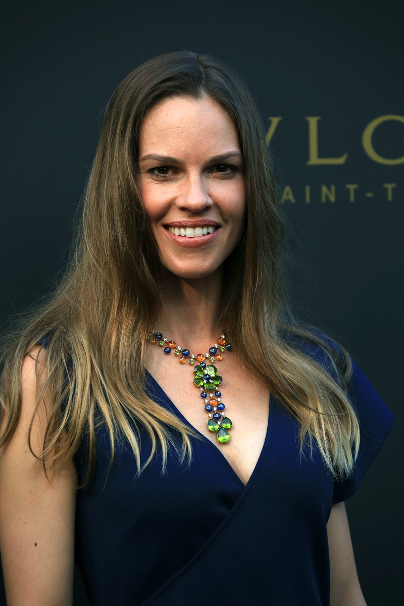 Hilary Swank Net Worth - WiseToast